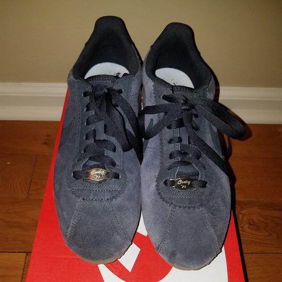 super popular d3bbc 99b77 Nike x A.L.C Classic Cortez Sneakers  Size 9. M 5a64c4f585e60591c0b498dd